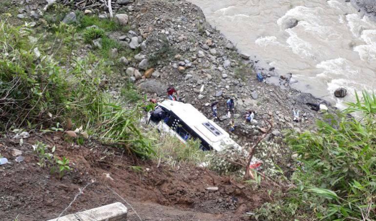 Un muerto y siete heridos deja accidente en la vía Quibdó Medellín