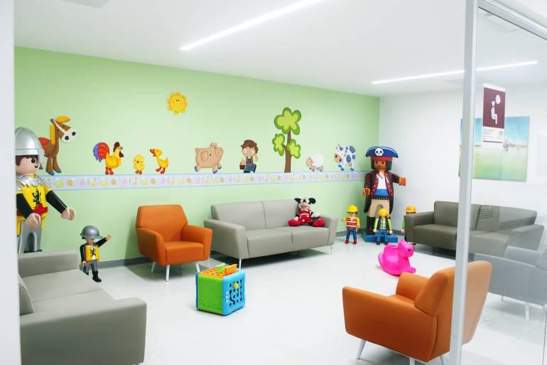 NIÑOS HOSPITAL INTERNACIONAL DE COLOMBIA PIEDECUESTA LEUCEMIA CÁNCER: Desde regiones muy apartadas llegaron a Piedecuesta niños con cáncer
