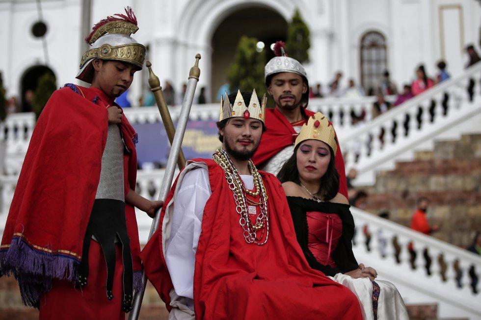 Propios y extraños disfrutaron de las representaciones teatrales de la vista de los reyes magos al niño Jesús, y la historia del rey Erodes.