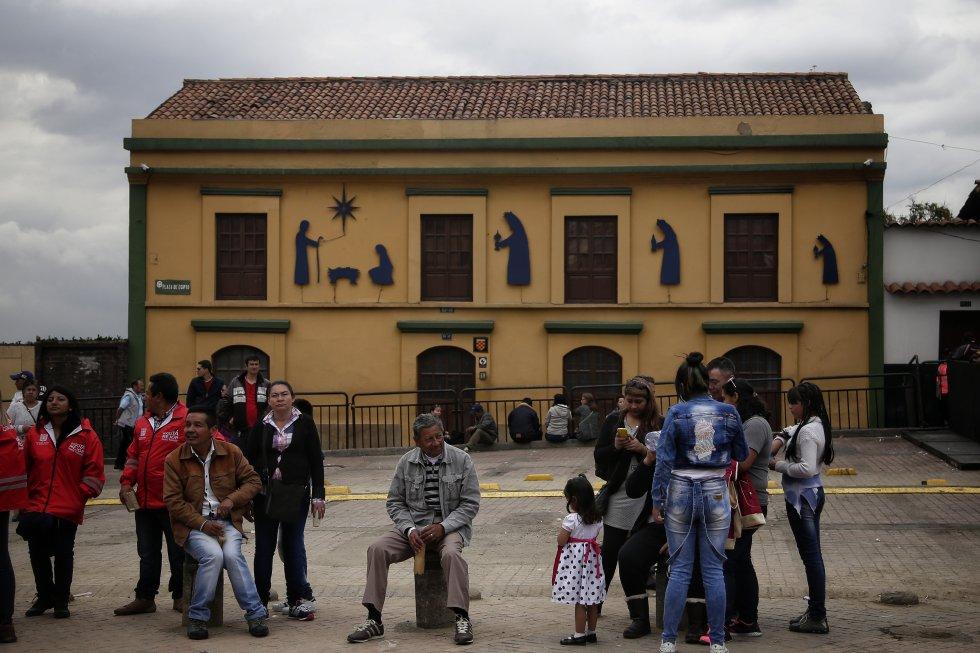 La fiesta de los reyes es tradicional en este barrio de Bogotá, y allí no solo se realiza la representación teatral, también es escenario de actividades comunales.