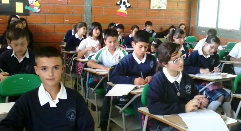 Regreso a clase, 300 estudiantes, Medellín: A clase regresarán más de 300 mil estudiantes en Medellín