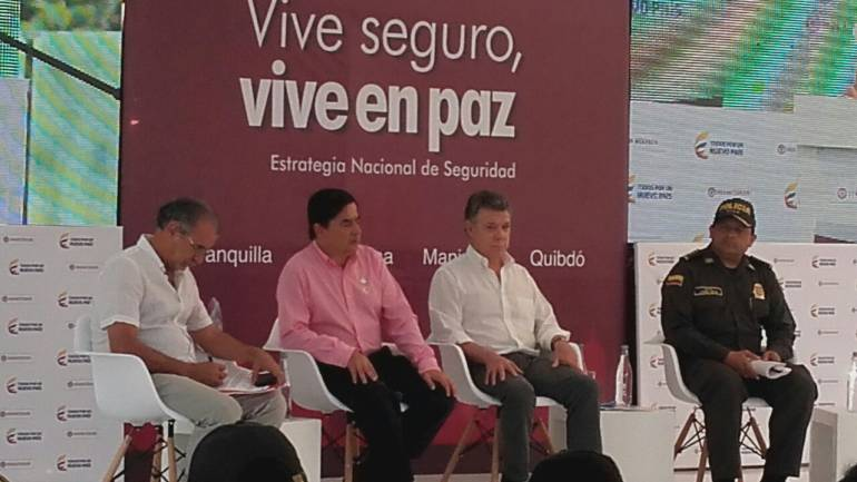 Presidente Santos entregó al servicio de los barranquilleros, Sistema de Video-cámaras.