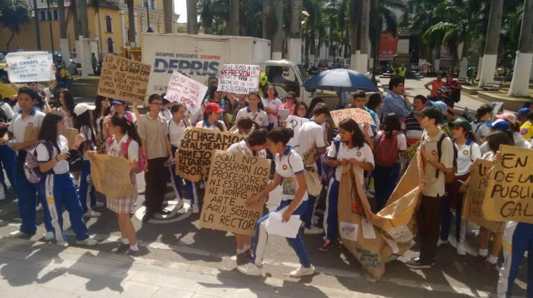 La jornada única de colegios genera protestas en Bucaramanga