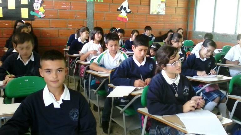 RESTAURANTES ESCOLARES: Alcaldía de Medellín reanuda el programa ...