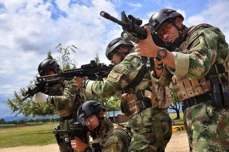 Fabricato y uniformes del Ejército: Fabricato tejerá tela antibacterial para vestir al Ejército colombiano