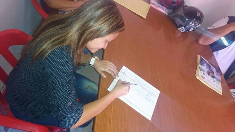 FIRMAS REVOCATORIA ALCALDE BUCARAMANGA: Comité de revocatoria ya recogió más de 8 mil firmas en Bucaramanga