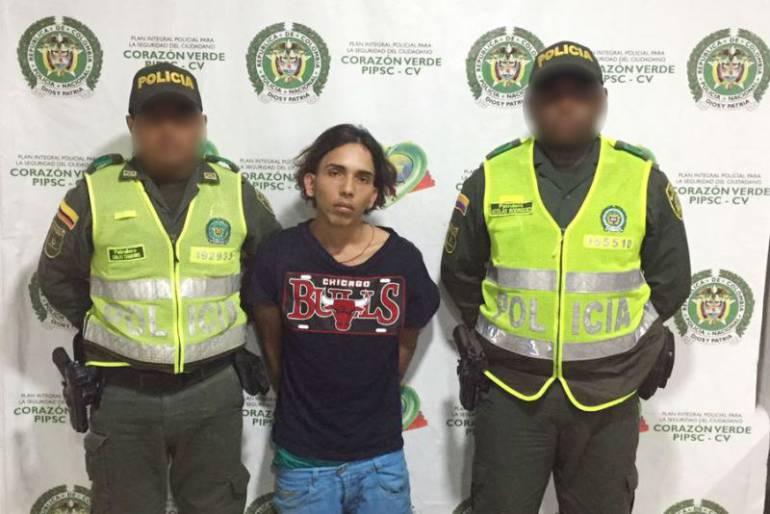 Capturan a alias El Chiqui por porte ilegal de armas y acceso carnal abusivo en Cartagena: Capturan a alias El Chiqui por porte ilegal de armas y acceso carnal abusivo en Cartagena