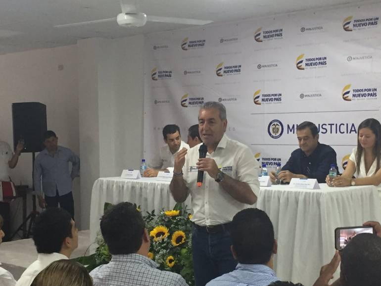 MinJusticia a la expectativa de la respuesta del presidente Santos ante su renuncia