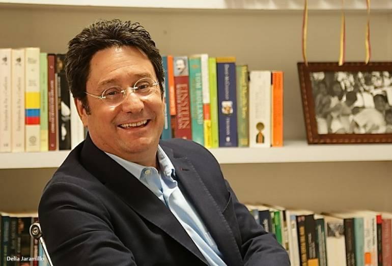 """Francisco Santos en diálogo con Caracol Radio Cali: """"Reforma Política es una cortina de humo para desviar el tema de la corrupción"""", Pacho Santos"""