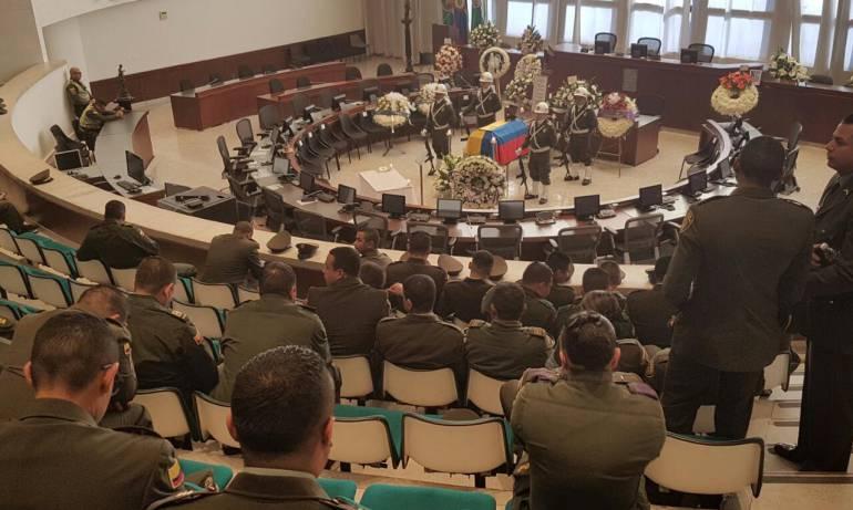 POLICÍA ASESINADO: Con honores fue despedido el patrullero de la Policía asesinado en Medellín