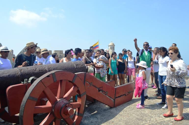 Una nutrida programación cultural preparada por la Escuela Taller Cartagena de Indias pudieron disfrutar los visitantes del Castillo de San Felipe