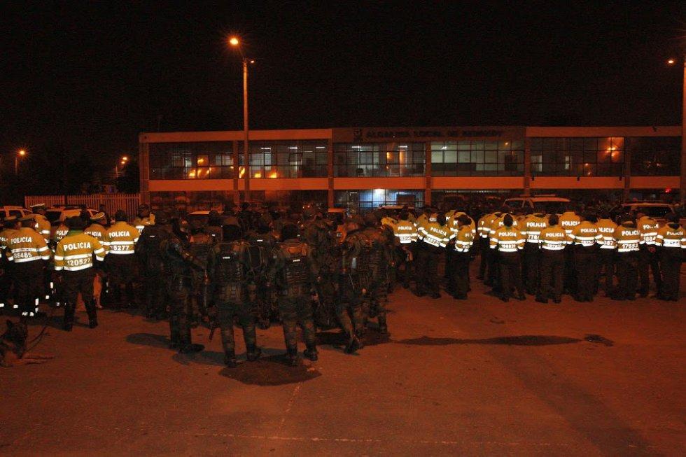 Miembros de la Policía Nacional apoyaron el operativo.