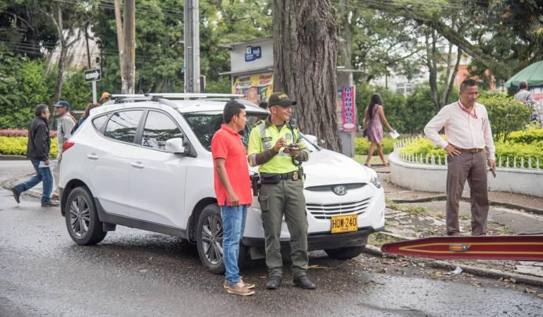 Operativos contra vehículos mal estacionados