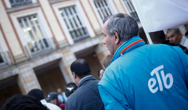 Colombia: Justicia suspende la venta de ETB