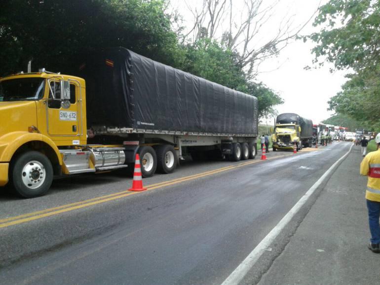 Accidente en Puerto Boyacá dejó por lo menos 4 personas heridas: Accidente en Puerto Boyacá dejó por lo menos 4 personas heridas