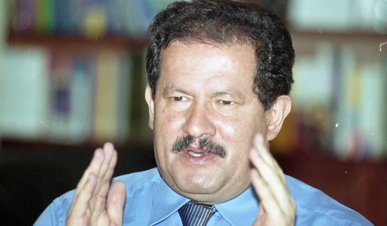 Angelino Garzón: Exvicepresidente Angelino Garzón ratifica que desconocían ingreso de dinero a la campaña Santos 2010