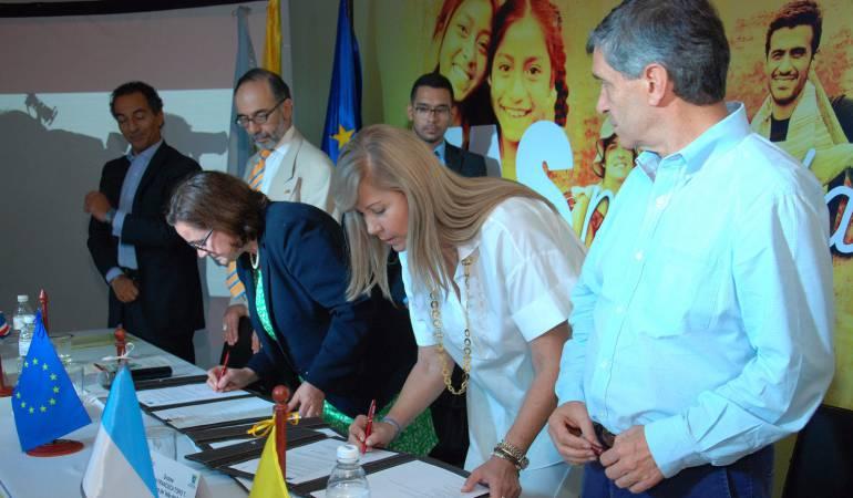 Rutas para la paz: Gobierno nacional y la UE firman convenio del programa Rutas para la Paz