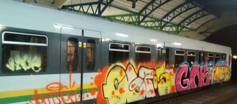 GRAFITI METRO: Investigan un nuevo caso de grafitis en el Metro de Medellín