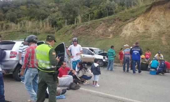Accidente Valle: 26 heridos dejan accidentes en carreteras del Valle