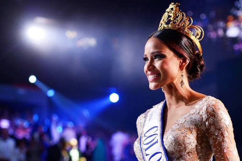 Finaliza reinado de la Señorita Colombia Andrea Tovar Velásquez: Finaliza reinado de la Señorita Colombia Andrea Tovar Velásquez