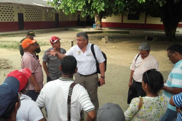 Secretaría de Educación de Bolívar visitó colegio en Marialabaja luego de una protesta: Secretaría de Educación de Bolívar visitó colegio en Marialabaja luego de una protesta