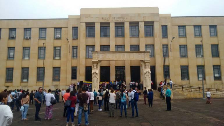 CÁRCEL, MODELO, HACINAMIENTO, DETENIDOS: Detenidos del Palacio de Justicia de Bucaramanga pasaron a La Modelo