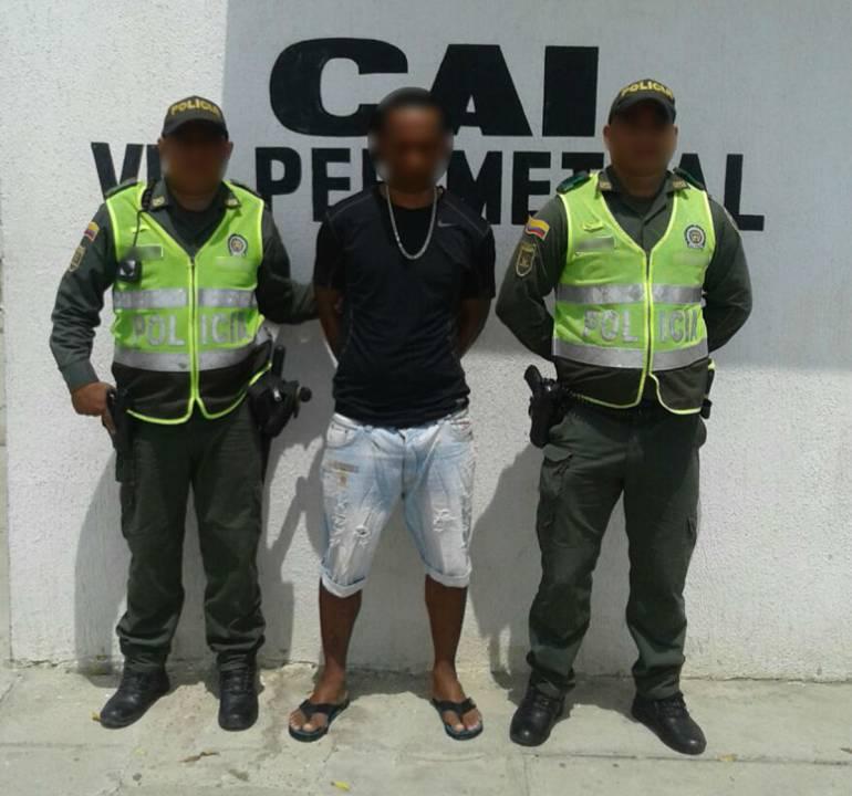 """Por hurto, capturan a """"Peter"""" y """"Juancho"""" en Cartagena: Por hurto, capturan a """"Peter"""" y """"Juancho"""" en Cartagena"""