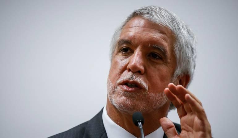 Piden tumbar revocatoria de Peñalosa por vulneración al debido proceso