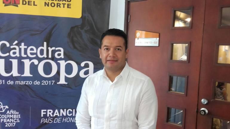 Investigador Luis Samaniego, invitado a la Catedra Europa.