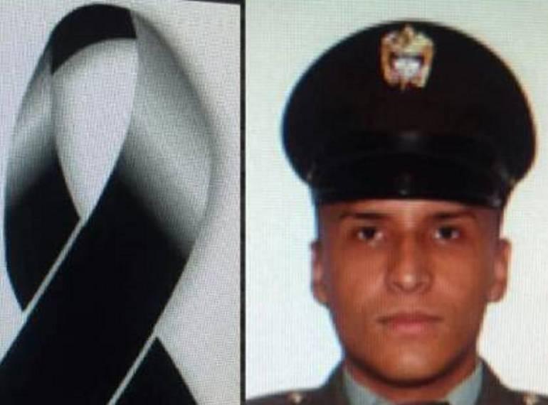 Asesinan Patrullero: Muerto en una gallera patrullero de la Policía
