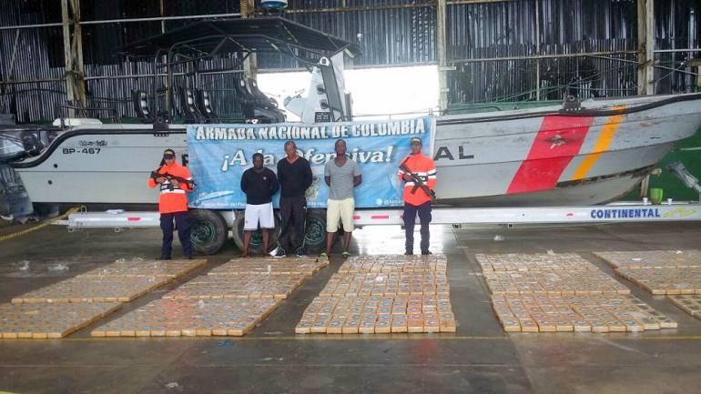 Operación antidrogas de la Armada: Guardacostas de EE.UU. intercepta embarcación en el Pacífico con Cocaína