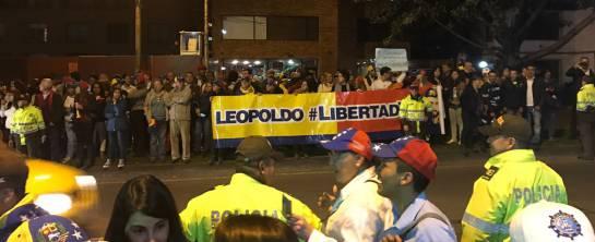 Protestan anti Maduro en Bogotá: Venezolanos en Bogotá se unen a protestas de su país y piden renuncia de Nicolás Maduro