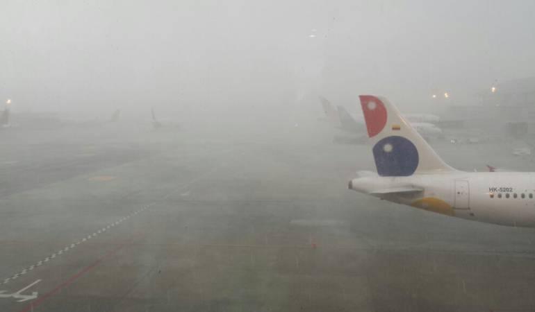 Retrasos en el aeropuerto El Dorado por fuertes lluvias