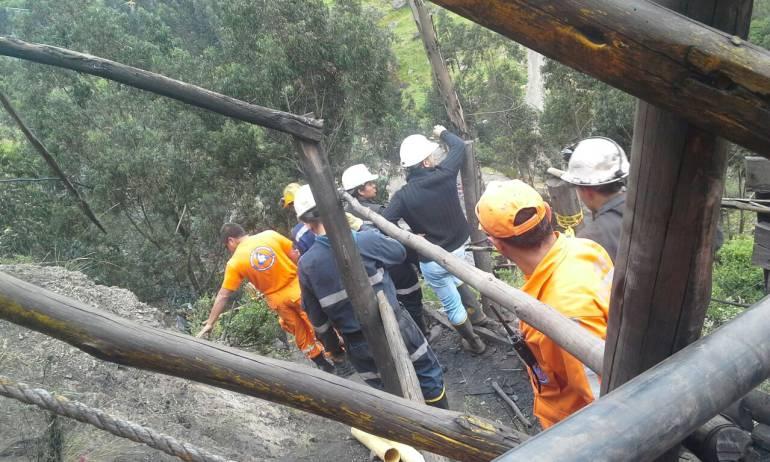 Encuentran sin vida a uno de los dos mineros atrapados en una mina de carbón en Boyacá: Encuentran sin vida a uno de los dos mineros atrapados en una mina de carbón en Boyacá