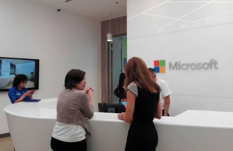 Medell n microsoft modernas oficinas poblado microsoft for Oficinas de microsoft