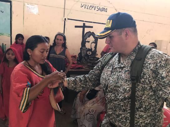 Las comunidades indígenas agradecieron las ayudas entregadas por la institución.