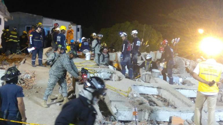 $30 mil pesos por día les pagaban a los obreros del edificio que colapsó en Cartagena: $30.000 por día les pagaban a los obreros del edificio que colapsó en Cartagena