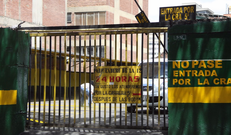 Comienzan a regir nuevas tarifas de parqueaderos en Bogotá