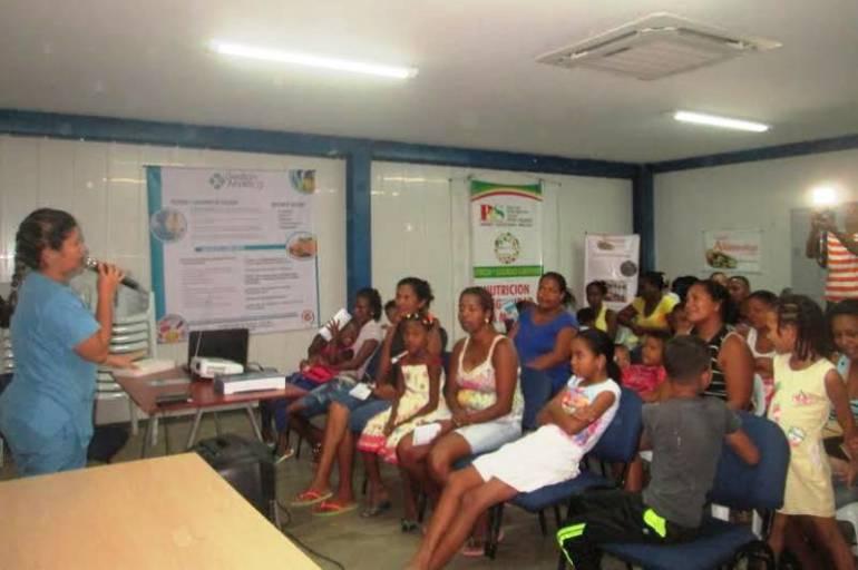 PES vigila casos de niños con deficiencia alimentaria en diferentes barrios de Cartagena: PES vigila casos de niños con deficiencia alimentaria en diferentes barrios de Cartagena