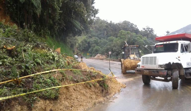 deslizamientos; derrumbes; Caldas, invierno; Manizales: En Caldas se requiere maquinaria para atender emergencias viales
