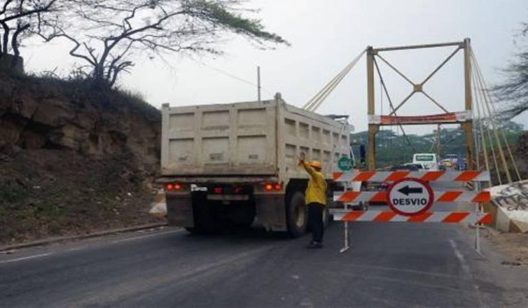 Puente Mariano Ospina Pérez