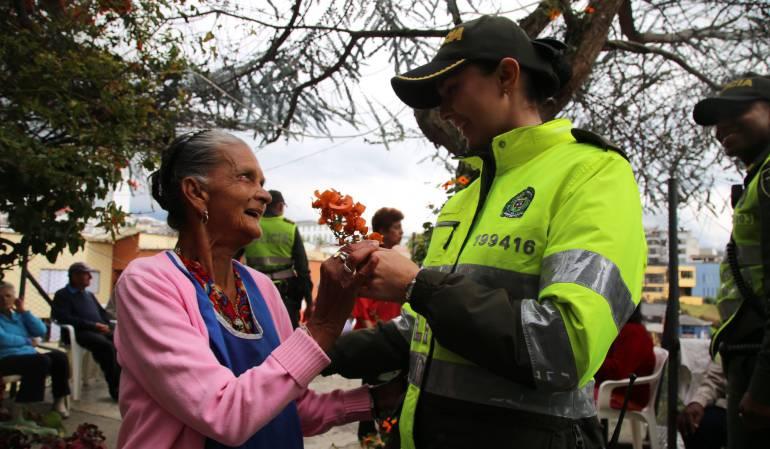 Día de la Madre; celebración; policía; Manizales: Policía en Caldas busca disminuir las riñas en el Día de la Madre