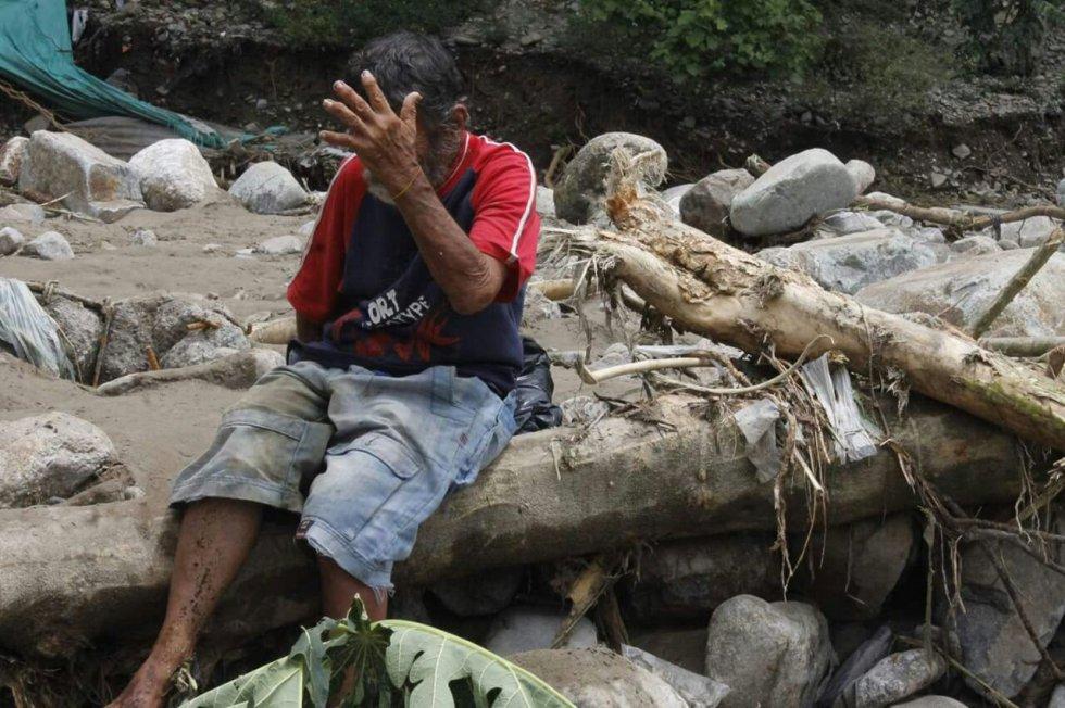 Se confirmó el fallecimiento por inmersión de dos personas,  al parecer habitantes de calle que se hallaban debajo de un puente a orillas del caño Maizaro, en el barrio el Milagro, y que al parecer se resbalaron y cayeron al lecho del afluente.