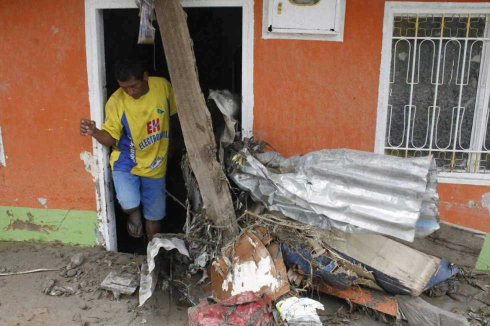 Las lluvias también afectaron los sectores cercanos al río Ocoa en el barrio La Isla, en el barrio Trece de Mayo, San Carlos, El Milagro, San Antonio y el caño la Cuerera en Valles de Aragón.