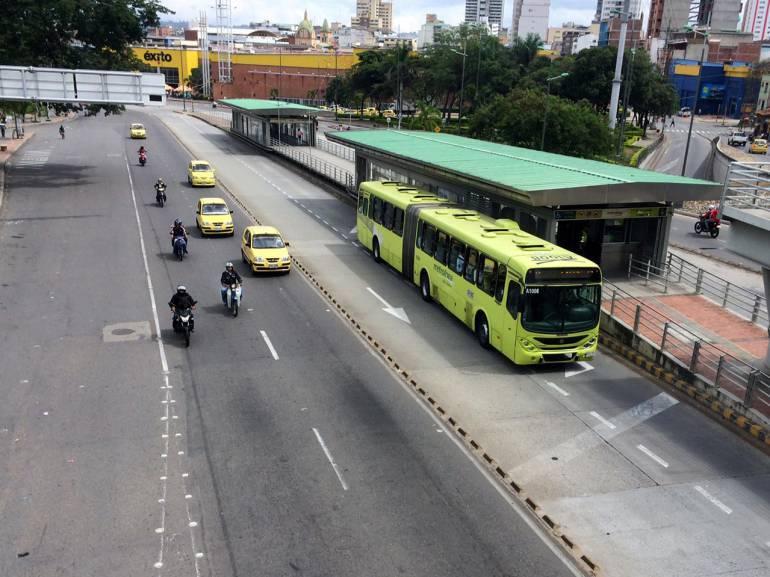 ALCALDE BUCARAMANGA RODOLFO HERNÁNDEZ METROLÍNEA: Expectativa por anuncio del alcalde sobre Metrolínea
