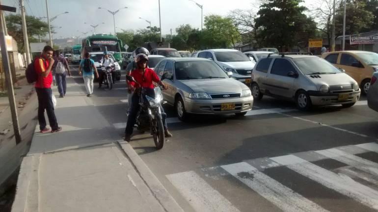 Polémica en Barranquilla por cobro de parqueo en vía pública