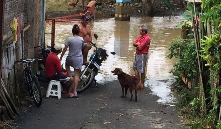 El Río Cauca desciende pero las alertas por salud quedan
