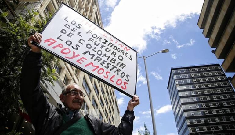 Protesta de docentes: Distrito se reúne con profesores de Bogotá para ayudar a levantar el paro