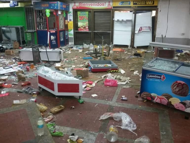 Militarizada Buenaventura por disturbios en la noche del viernes