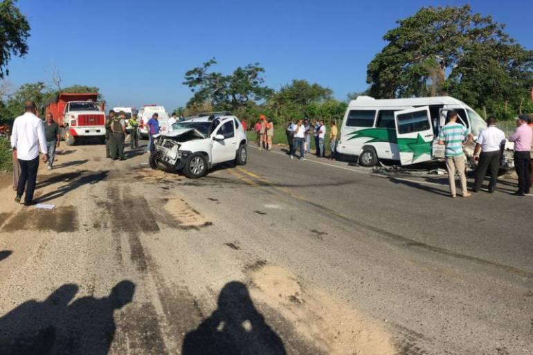 Seis heridos dejó accidente en la vía al Mar entre Cartagena y Barranquilla: Seis heridos dejó accidente en la vía al Mar entre Cartagena y Barranquilla